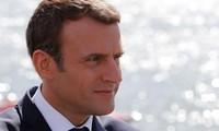 Chute d'Emmanuel Macron dans les sondages d'une ampleur quasi-inédite
