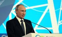 Vladimir Poutine critique les sanctions économiques à l'encontre de la Russie