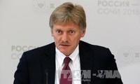 Kiev menace de rompre ses relations avec Moscou qui se veut ferme