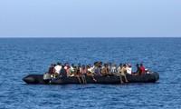 Au moins 90 migrants donnés pour morts après un naufrage en Méditerranée