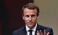 Popularité : Emmanuel Macron chute de 6 points