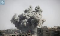Syrie: des rebelles et civils vont quitter la Ghouta, les frappes se poursuivent