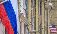 Expulsion de diplomates: «nouvelle détérioration» des relations Moscou-Washington