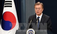 Moon appelle à l'amélioration des relations entre le Japon et la RPDC