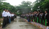Le chant Soong Cô des San Diu