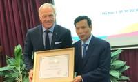 Le golfeur Greg Norman nommé ambassadeur du tourisme vietnamien