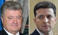 Présidentielle en Ukraine : Zelensky face à Porochenko au second tour