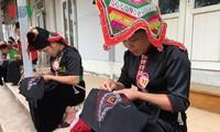 Piêu, le foulard d'amour des femmes thaï