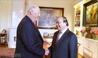 Nguyên Xuân Phuc rencontre le roi et la présidente du Parlement norvégien
