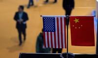 Trump menace de taxer au moins 300 milliards de dollars d'importations chinoises