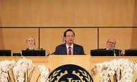 La délégation vietnamienne à la 108e Conférence internationale du travail