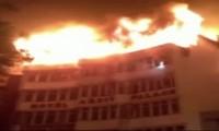 Inde: 43 morts dans l'incendie d'une usine-dortoir à New Delhi