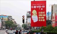 Des médias étrangers saluent les expériences vietnamiennes dans la lutte contre le Covid-19