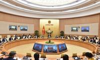 Nguyên Xuân Phuc préside la réunion gouvernementale du mois de novembre