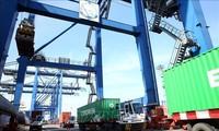 Hausse de l'import-export en janvier et février 2021