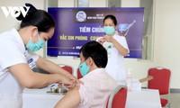 Covid-19: Des milliers d'ouvriers vaccinés à Hô Chi Minh-ville ce dimanche
