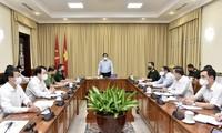 Pham Minh Chinh travaille avec le comité de gestion du Mausolée du Président Hô Chi Minh