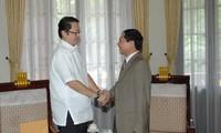 Tổng thống Philipines mời Chủ tịch nước Trương Tấn Sang tham dự Tuần lễ Cấp cao APEC