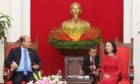 Trưởng Ban dân vận trung ương tiếp đoàn đại biểu Hội liên hiệp thanh niên Campuchia