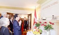 Người Việt ở Canada dâng hương giỗ tổ Hùng Vương