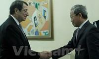 Đại sứ Việt Nam trình Thư ủy nhiệm lên Tổng thống Cộng hòa Cyprus
