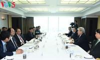 Thủ tướng Nguyễn Xuân Phúc gặp gỡ các nhà đầu tư Nhật Bản