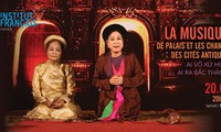 Ai vô xứ Huế ai ra Bắc Thành: Cuộc biểu diễn hiếm có giữa các bậc thầy ca nhạc cổ hai miền