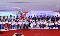 """Toyota Việt Nam trao giải Cuộc thi vẽ tranh """"Chiếc Ô tô mơ ước"""" lần thứ 8"""