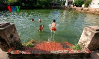 Những chiếc giếng làng trong ảnh của Nhiếp ảnh gia Lê Bích