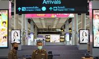Người nước ngoài có giấy phép lao động và thân nhân được nhập cảnh Thái Lan