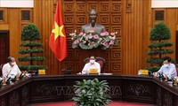 Thủ tướng Chính phủ chủ trì họp Thường trực Chính phủ về phòng, chống dịch COVID-19