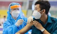 Bộ Y tế đề nghị Thành phố Hồ Chí Minh và các tỉnh Long An, Đồng Nai, Bình Dương tăng tốc tiêm vaccine COVID-19