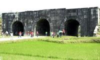 กำแพงราชวงค์ Hồ - มรดกวัฒนธรรมโลก