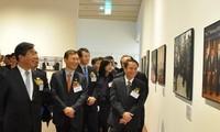 """เปิดนิทรรศการภาพถ่าย """"ครบรอบ 20 ปี ความสัมพันธ์มิตรภาพเวียดนาม-สาธารณรัฐเกาหลี"""""""