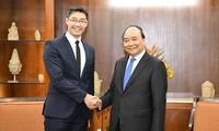 รัฐบาลเวียดนามรับฟังความคิดเห็นของปัญญาชน นักลงทุนและสถานประกอบการอยู่เสมอ