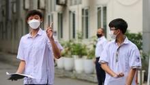 Hanoi: 93,000 students finish 10th grade entrance exam