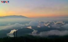 """Lago Ta Dung - """"bahía de Ha Long"""" en la meseta"""