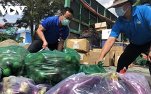 Солидарность и единство помогают жителям города Хошимина стойко держаться во время пандемии