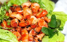 Роллы с креветками – своеобразная черта вьетнамской кухни