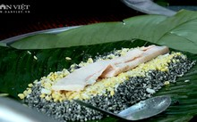 Bánh chưng สมุนไพร - อาหารที่เป็นเอกลักษณ์ของชนเผ่าเหมื่องในจังหวัดฟู้เถาะ