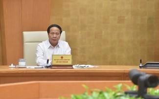 Vicepremier vietnamita destaca importancia de garantizar la circulación de mercancías y restablecer la producción