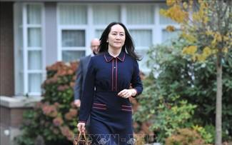 La dirigeante de Huawei quitte le Canada, deux Canadiens libérés en Chine