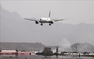 Les talibans exhortent les compagnies aériennes à reprendre leurs vols vers l'Afghanistan