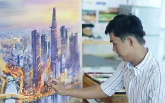Ho Chi Minh City sparkles in Doan Quoc's watercolor paintings