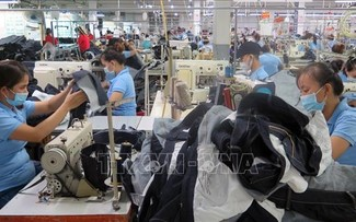 Vietnam has strong and improving economic fundamentals: Journal