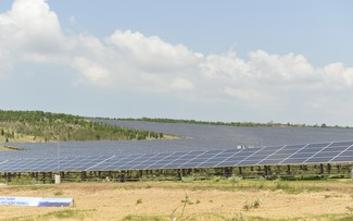 US further helps Vietnam in developing low emission energy