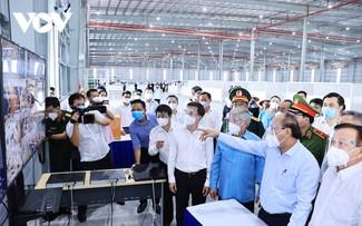 Presidente vietnamita trabaja con las autoridades de Binh Duong sobre el control epidémico