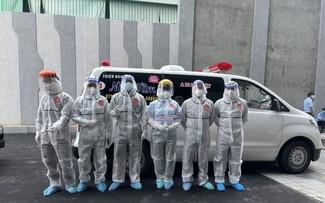 青年志愿者热心参加胡志明市新冠肺炎疫情防控工作
