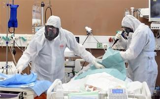 过去24小时全球新增确诊病例近38万例