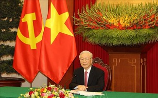 Generalsekretär Nguyen Phu Trong führt Telefongespräch mit Chinas Parteichef Xi Jinping